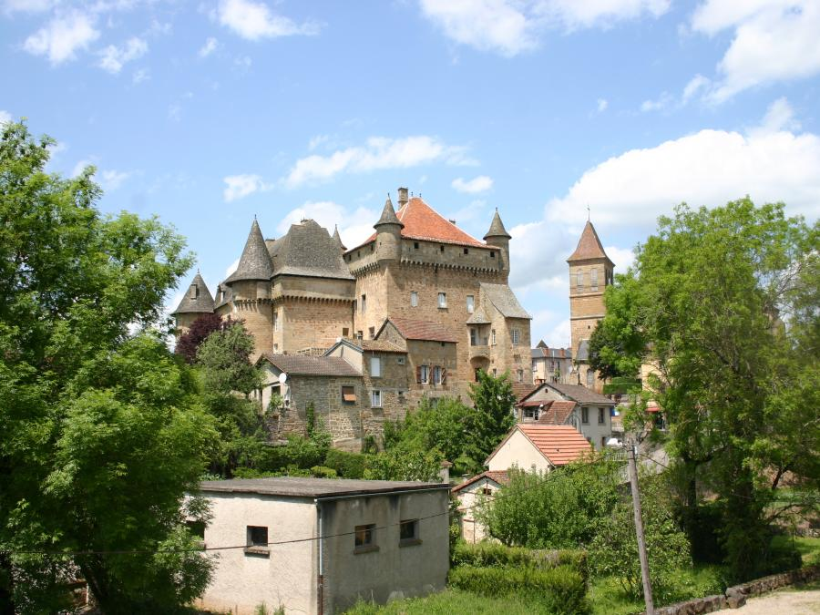 Le chateau de Lacapelle-Marival (Lot)